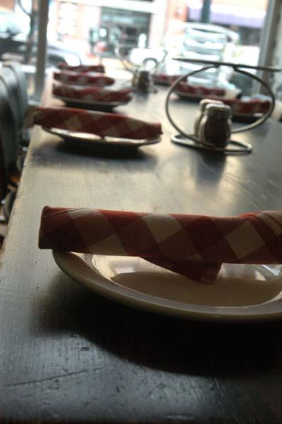 Pie dinnerware
