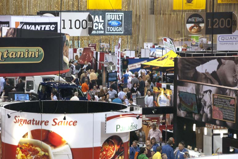 Pizza expo, show floor