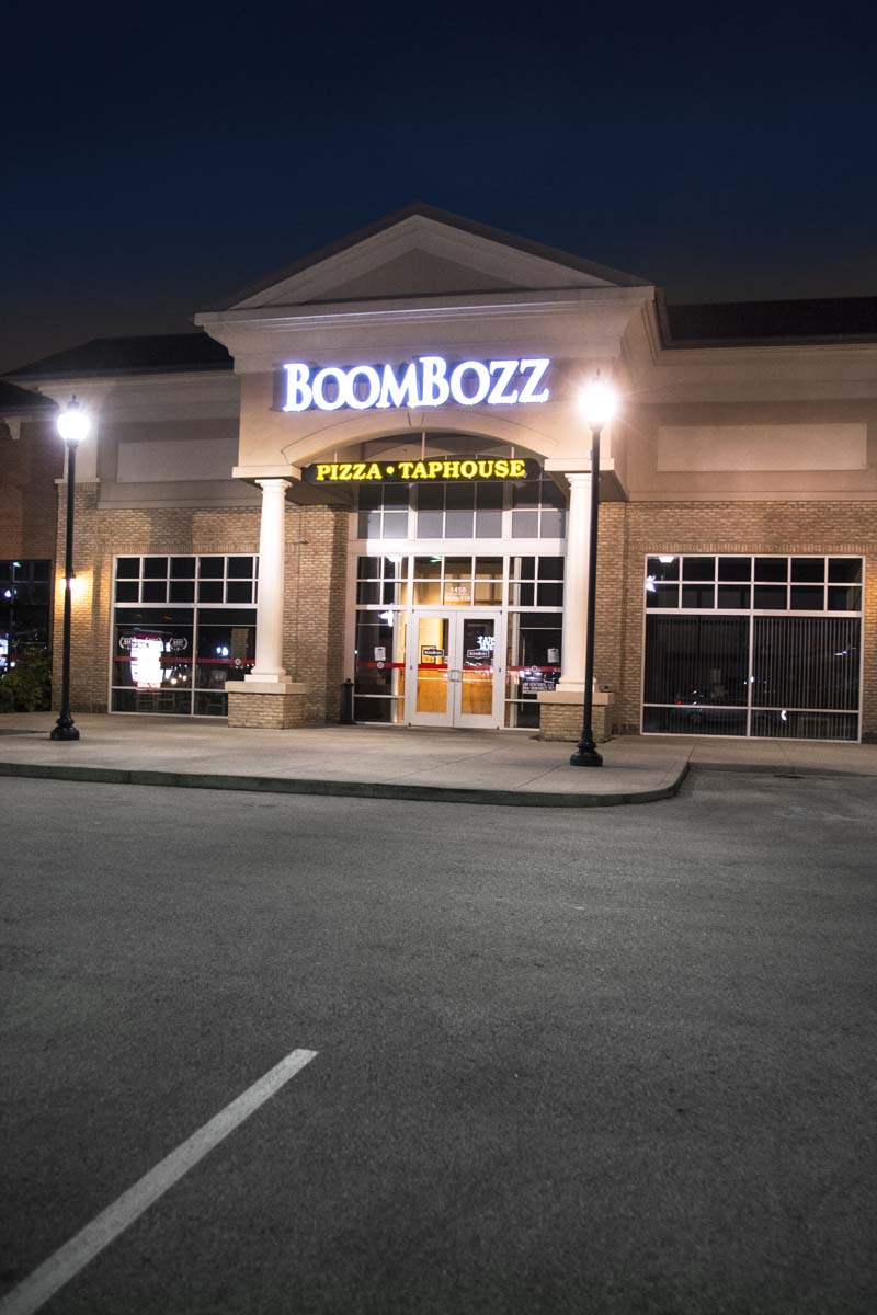 boombozz exterior lights and signage