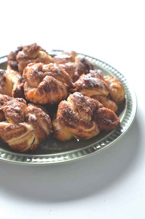 cinnamon butter knots dessert