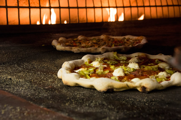 URBN_Pizzas_in_oven