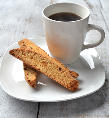 lemon biscotti with coffee