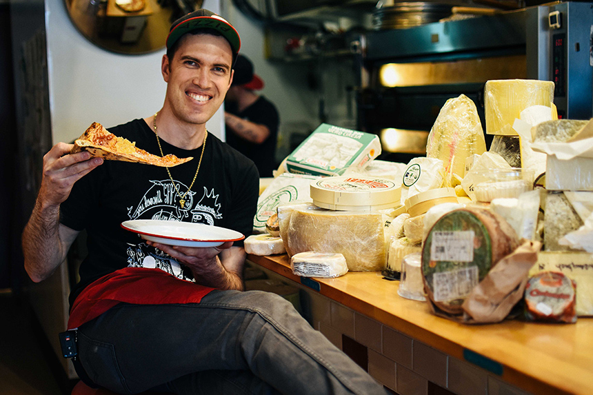 Scottie Rivera, Scottie's Pizza Parlor, Portland, Oregon, world record, most cheeses on a pizza, Centouno Formaggio, 101 cheese pizza